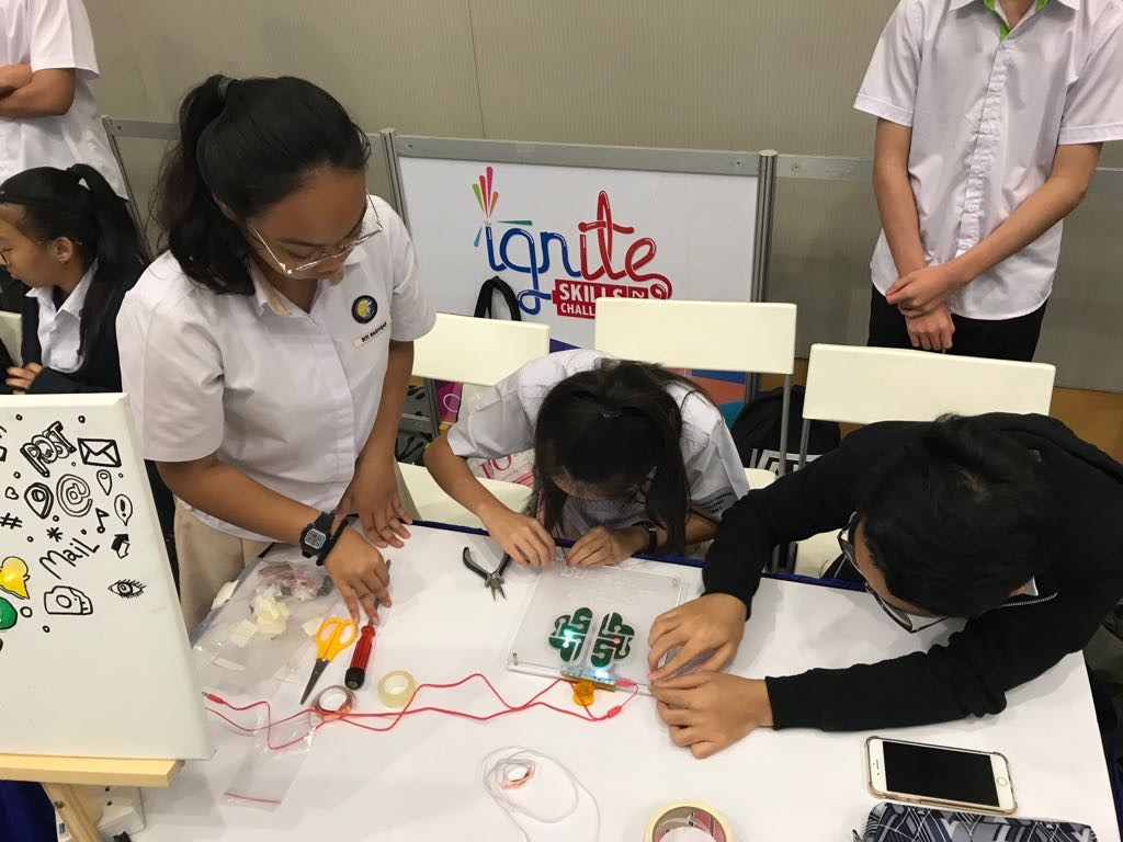 Science-Our students in circuit-tinkering action..jpg